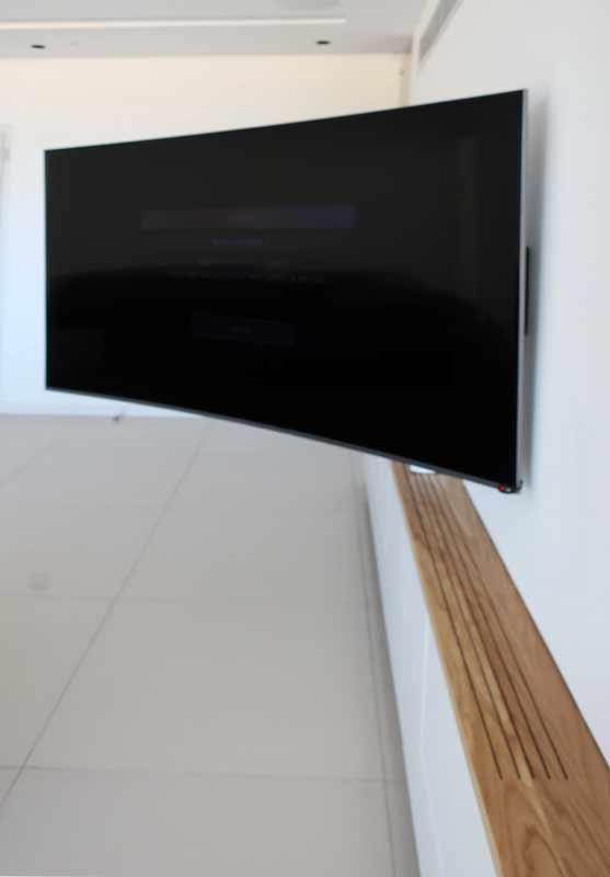 זרוע לטלוויזיה SAMSUNG