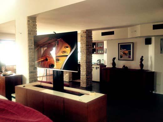 מעלית למסך טלוויזיה