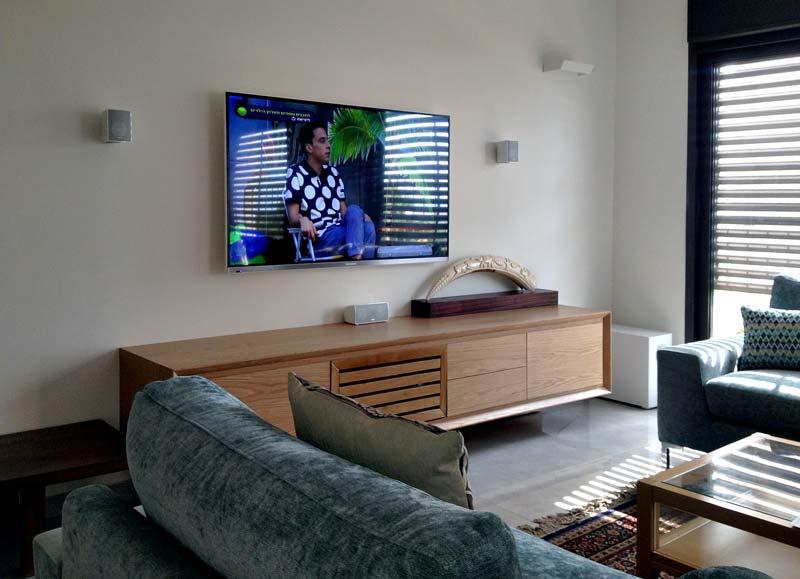 מערכת קולנוע ביתי בדירה בתל אביב