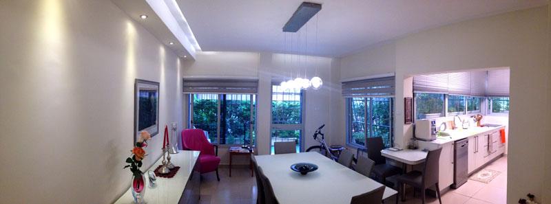 דירה בתל אביב. רמקולים שקועים בפינת אוכל